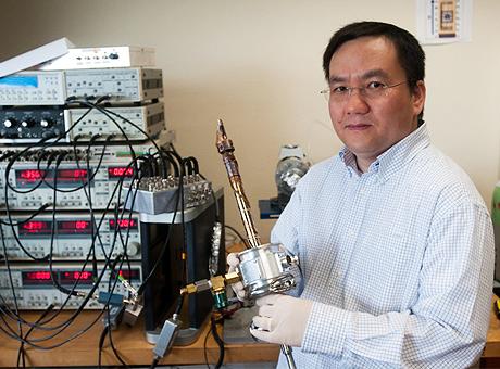 Dr. Lee Shi - Nanoelectronic Graphene Test